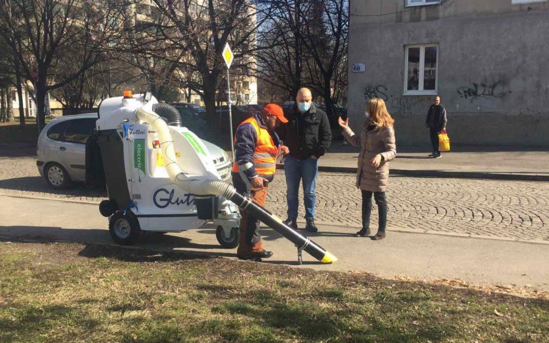 Самоходни прахосмукачки с електрическо задвижване Glutton® заработиха пилотно в София